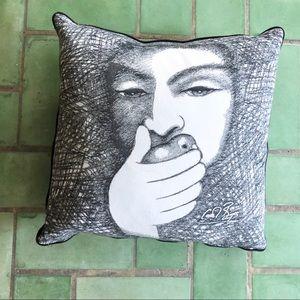 Carrol Boyes pillow cover